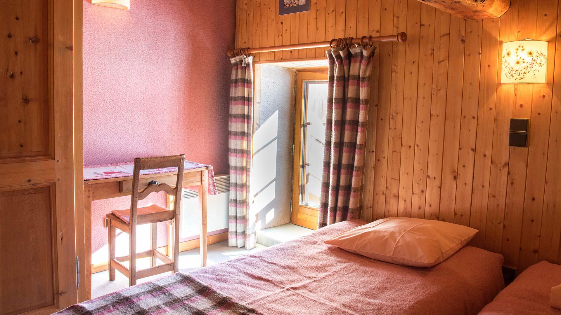 picheru-chambre-2-2-lits