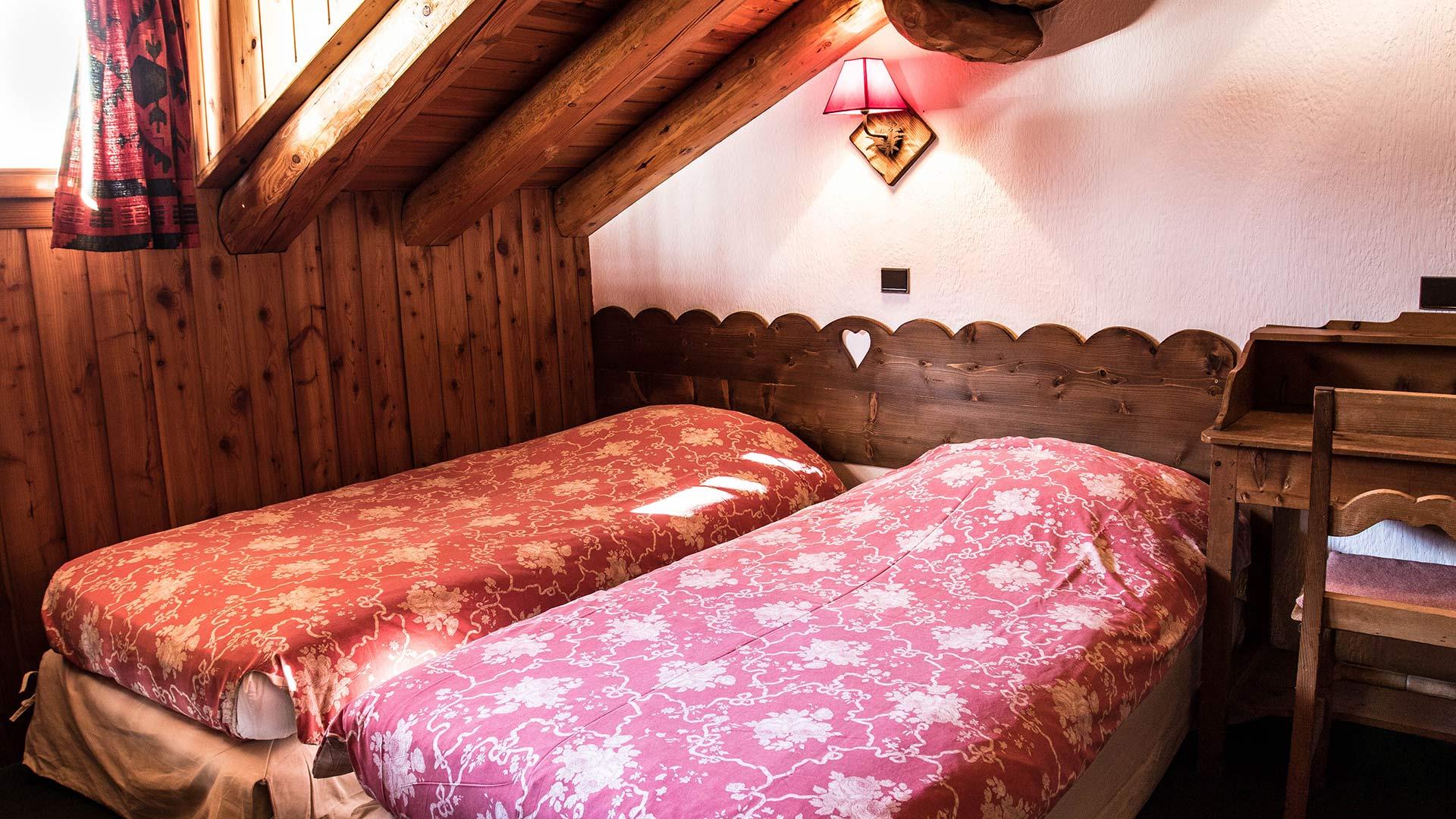 picheru-chambre-2-lits